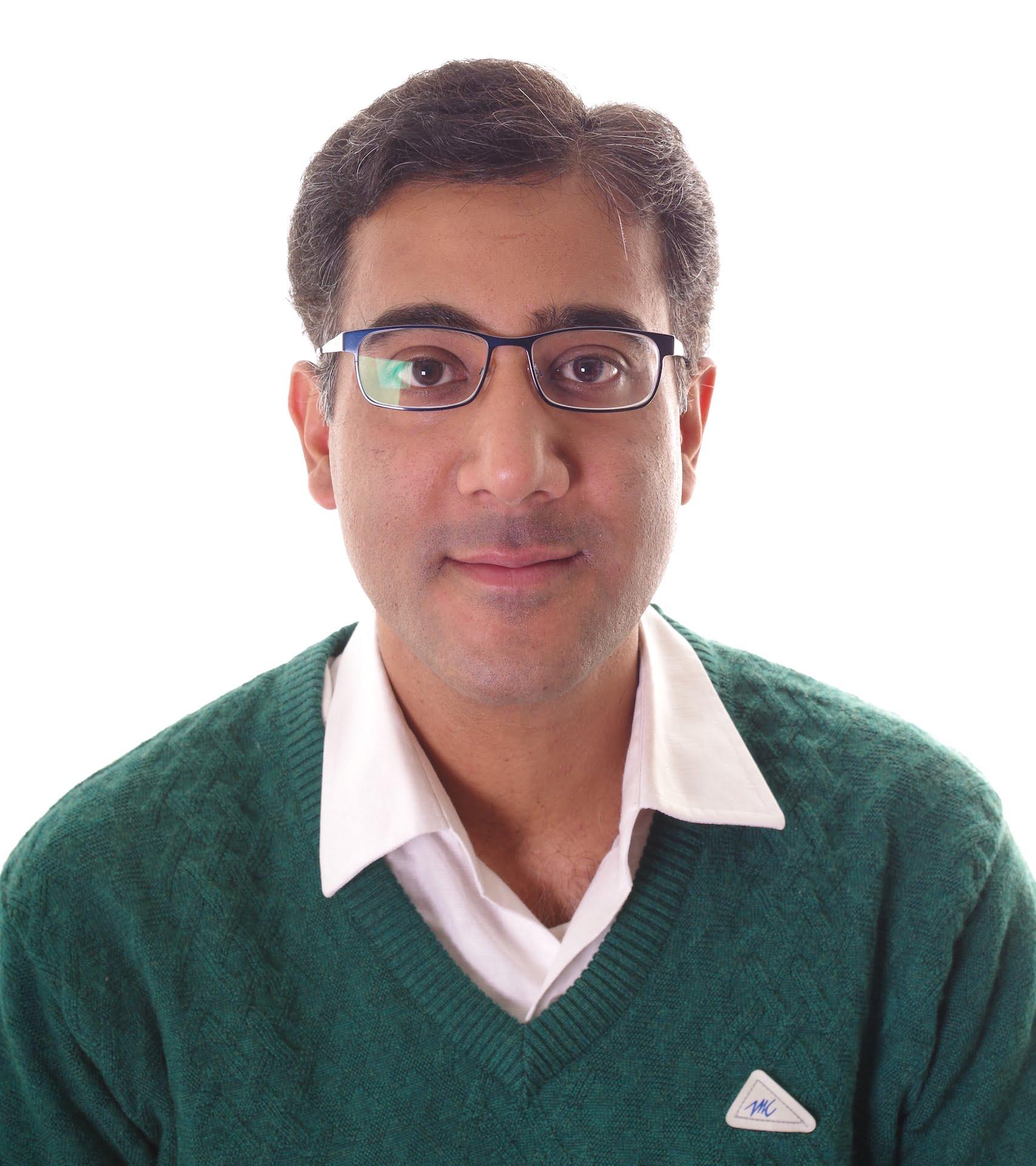 Dr. Vineet Batta